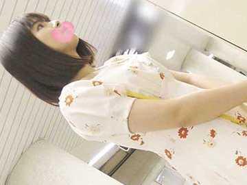 【電車痴漢】純白Pの最上級プリ尻!超清純マシュマロ美少女-2