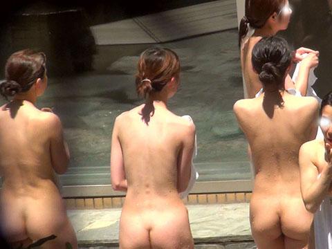 咲乱美女温泉-覗かれた露天風呂の真向裸体-ハイビジョン Vol.35-6