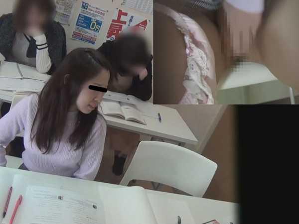 学習塾盗撮 授業中こっそり…オナニーする少女達-5