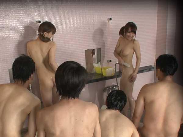 巨乳限定!強制混浴露天風呂-19