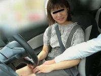 教習車痴姦!運転中で逃げられない美人生徒の下半身を擦る悪徳教官