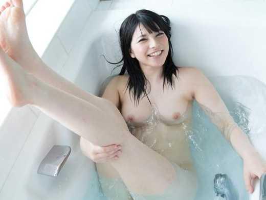 上原亜衣 風呂