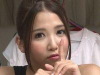 【友田彩也香】こっそり手コキで抜いちゃうお姉さんに何度も射精させられる