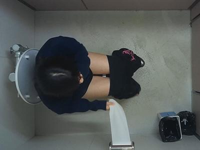 体育館の横のトイレ潜入vol.27-3