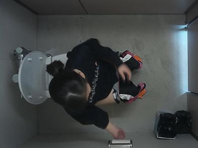 体育館の横のトイレ潜入vol.43-3